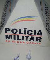 PM DE CAXAMBU PRENDE SEIS HOMENS POR DE TRAFICO DE DROGAS NO BAIRRO ALTO SANTA RITA